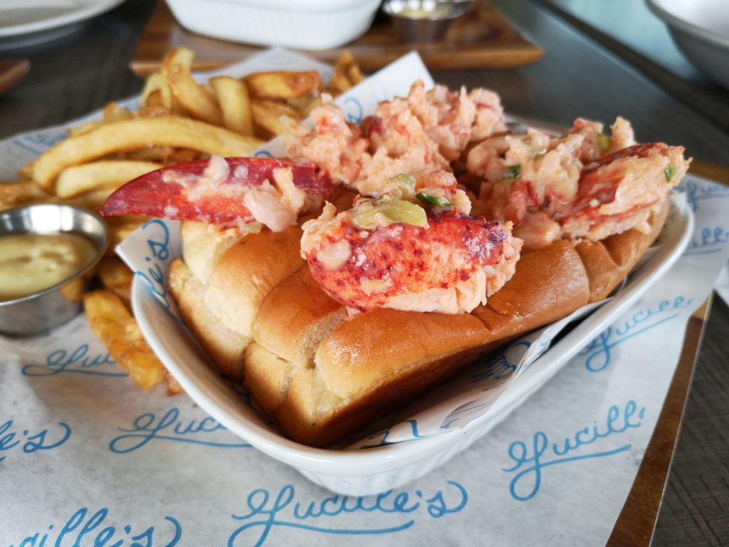 laval_lucilles_lobster_roll