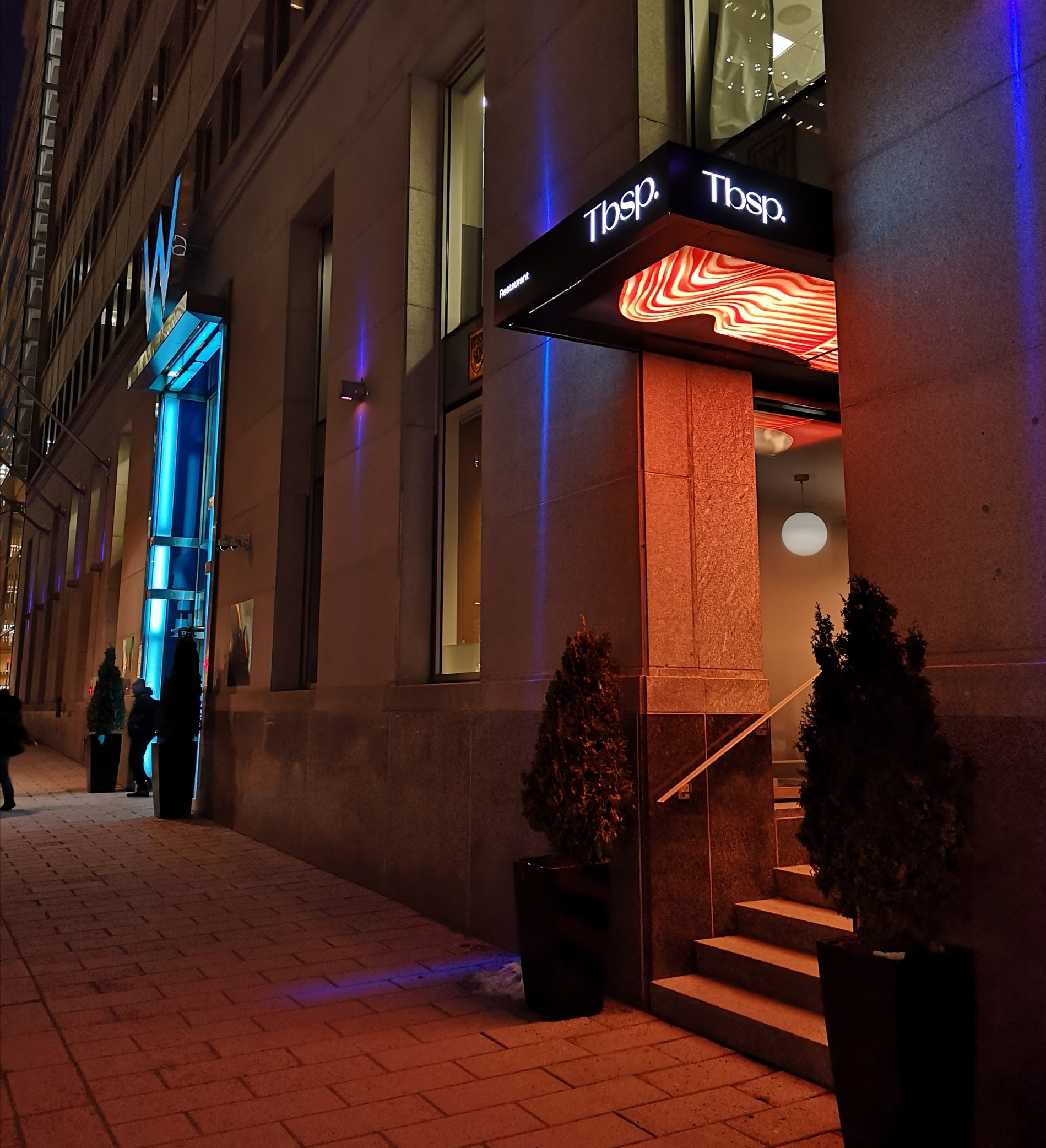 tbsp_montreal_hotel_w